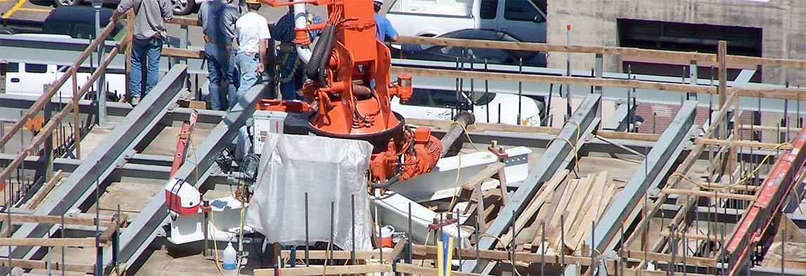 Zero Elevation Mounting for Separate Concrete Placing Booms